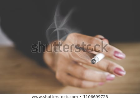 vrouw · rook · marihuana · illustratie · gras · blad - stockfoto © lunamarina