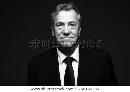 Siyah beyaz portre genç kadın poz kamera yüz Stok fotoğraf © jayfish