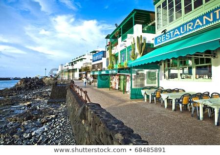 promenád · festői · vízpart · reggel · üzlet · tengerpart - stock fotó © meinzahn