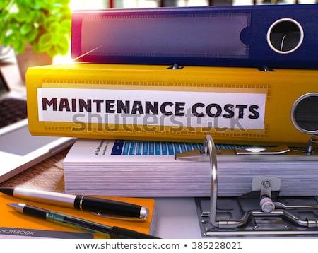 żółty biuro folderze napis utrzymanie pulpit Zdjęcia stock © tashatuvango