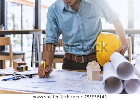 Mannelijke bouwer plannen man bouw Blauw Stockfoto © photography33