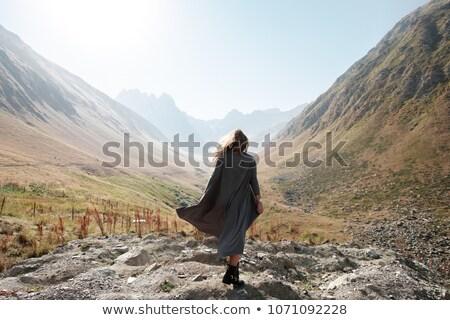 модель ходьбе вниз дороги брюнетка Сток-фото © actionsports