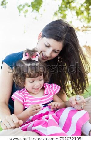 молодые матери Cute ноготь Сток-фото © feverpitch