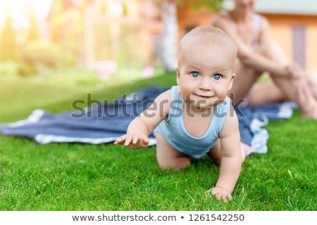 bahar · aile · bebek · kadın · çim · kadın - stok fotoğraf © Paha_L