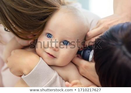 fül · vizsgálat · kép · orvos · megvizsgál · fiatal · lány - stock fotó © fotoquique