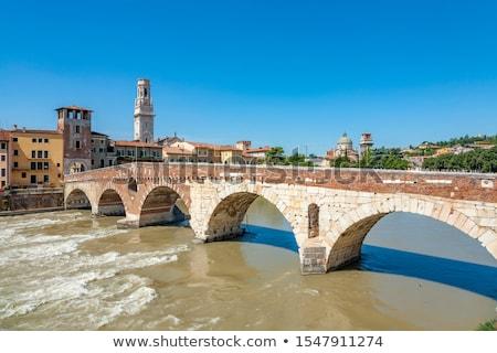 Vieux romaine pont vérone rivière Photo stock © meinzahn
