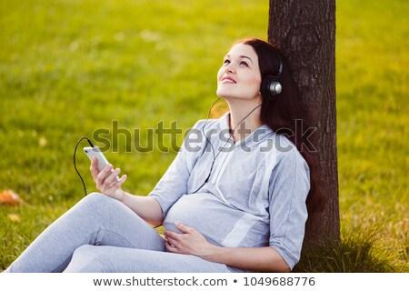 женщину · мобильного · телефона · поиск · экране · любимый - Сток-фото © deandrobot