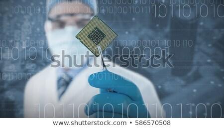 Médico eletrônico lasca homem Foto stock © wavebreak_media