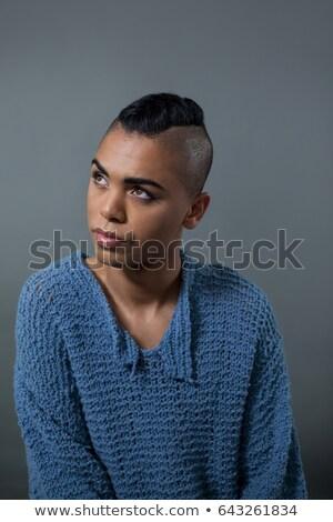 トランスジェンダー 立って グレー 電話 椅子 ストックフォト © wavebreak_media