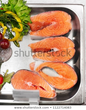 鮭 · 魚 · フィレット · 金属 · トレイ · 氷 - ストックフォト © dolgachov