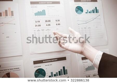 üzletember · mutat · tábla · iroda · üzlet · iskola - stock fotó © dolgachov
