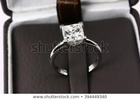 Zdjęcia stock: Beautiful Princesss Cut Diamond Wedding Engagment Band Ring Solitaire