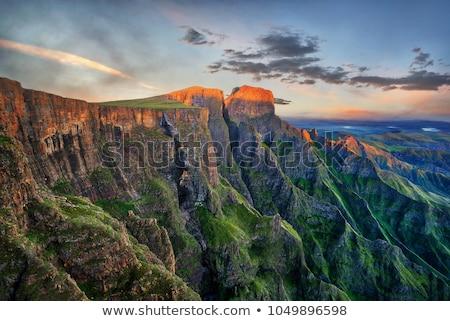 Paisaje vista anochecer montanas Sudáfrica cielo Foto stock © lienkie