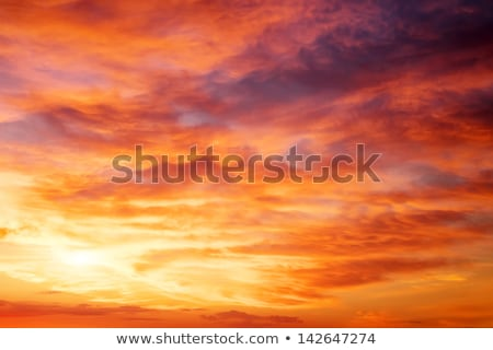 Rot Sonnenuntergang Himmel Farbe fluffy Wolken Stock foto © MarySan