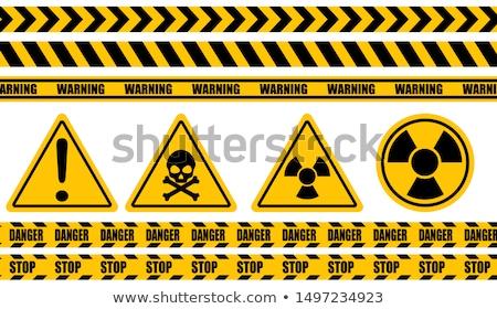 ストックフォト: 危険標識 · 書かれた · 黒板 · 黒 · トラフィック · 電気