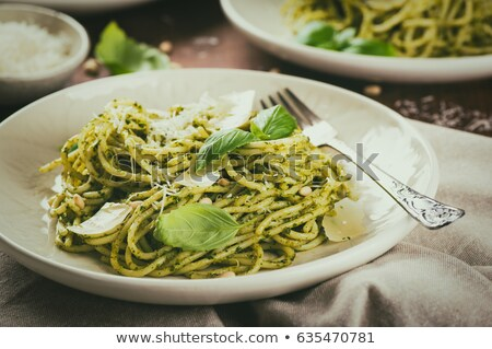 Pasta basilicum pesto plaat gekookt spaghetti Stockfoto © MKucova