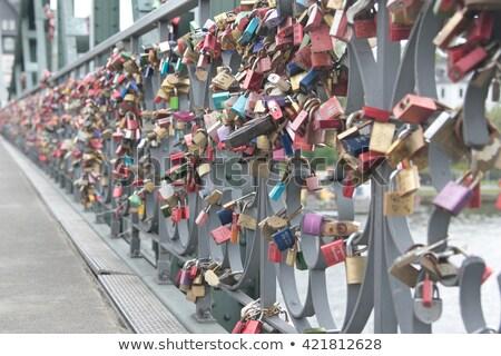 безопасной · любви · два · сердцах · презерватива · секс - Сток-фото © meinzahn