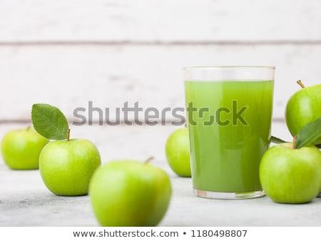 vidrio · frescos · orgánico · zumo · de · manzana · abuelita · verde - foto stock © DenisMArt