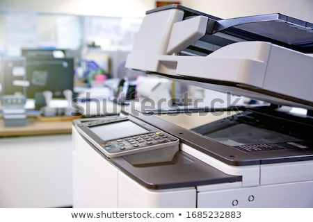 Zakenman werken printer kantoor Stockfoto © AndreyPopov