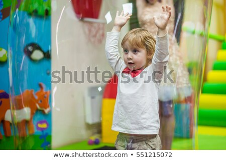 Jongen festival zeepbellen baby groene kid Stockfoto © galitskaya