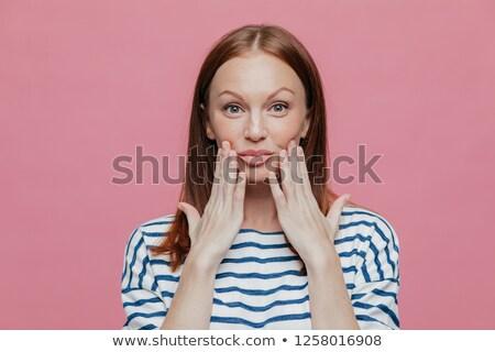 Pecoso mujer bonita manos labios mínimo componen Foto stock © vkstudio