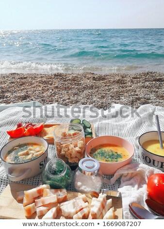 Ebéd tenger part húsleves szeletek szalonna Stock fotó © ElenaBatkova