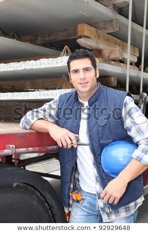 jonge · ingenieur · bouw · werken · bouwplaats · wijzend - stockfoto © photography33