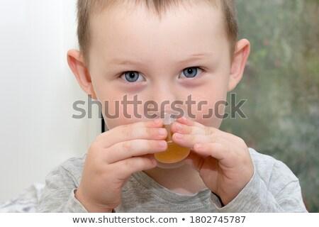 Kind hoesten geneeskunde griep jongen Stockfoto © dacasdo