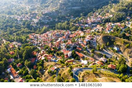 Kicsi domboldal falu Ciprus Görögország házak Stock fotó © Mps197