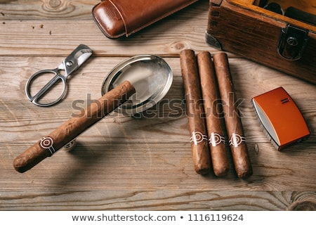 葉巻 · コレクション · オープン · 喫煙 · 高級 · 不健康 - ストックフォト © eh-point