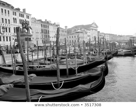 Italy, Venice: taxi boats, gondola, vaporetto and ferry boat Stock photo © gant