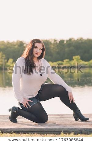 Mooie jong meisje denim tonen zitvlak Stockfoto © stryjek