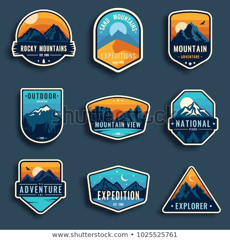 Montagne badges aventure expédition feu Photo stock © mikemcd