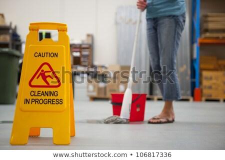 pulizia · magazzino · cautela · segno · segno · di · pericolo · progresso - foto d'archivio © roboriginal
