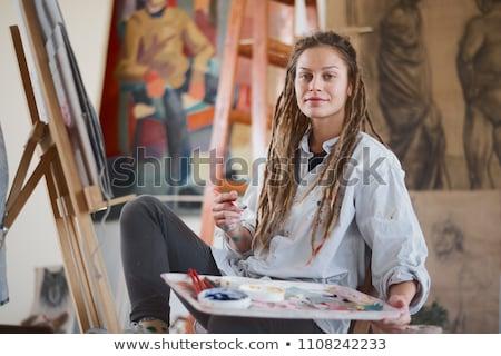 Menina cavalete bastante menina pintura casa Foto stock © Aikon