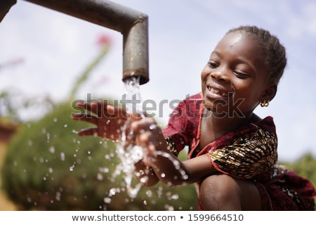 küçük · kız · atlamak · su · sevimli · havuz - stok fotoğraf © jeancliclac