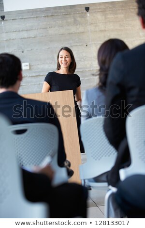 zakenvrouw · presentatie · conferentie · business · man · mannen - stockfoto © monkey_business