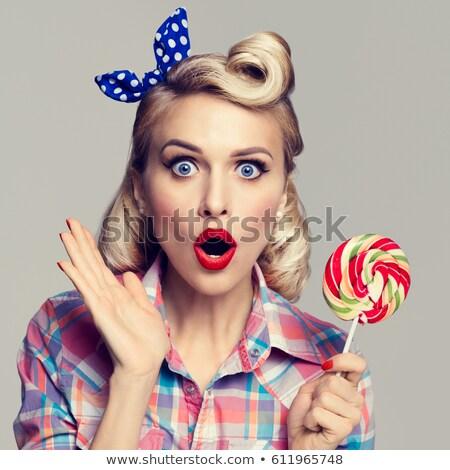 retrato · mulher · vintage · estilo · cabelos · cacheados · seis - foto stock © tanya_ivanchuk