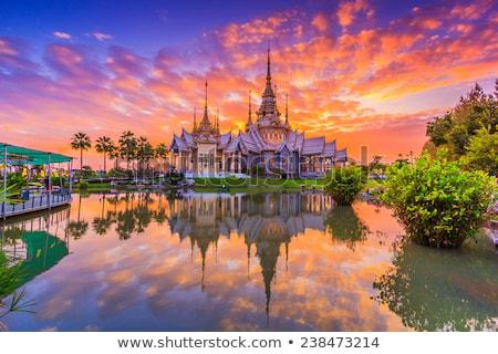Templo Tailandia antigua puesta de sol agua árbol Foto stock © Witthaya