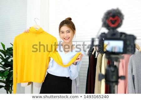 Fiatal divat blogger videó ruha új Stock fotó © dashapetrenko
