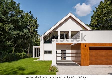 Simple maison blanche lumière réflexions bâtiment maison Photo stock © Supertrooper