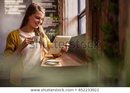 csinos · fiatal · nő · digitális · tabletta · otthon · ház - stock fotó © nenetus