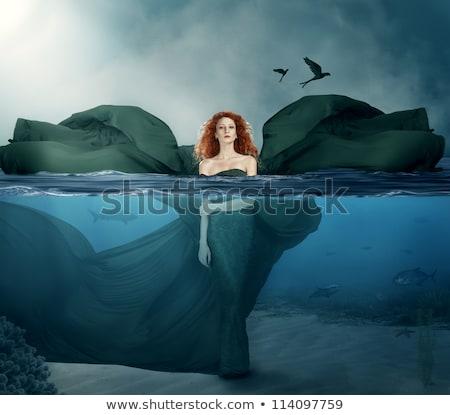 Stockfoto: Jonge · vrouw · zee · Rood · vrouw · water · hand