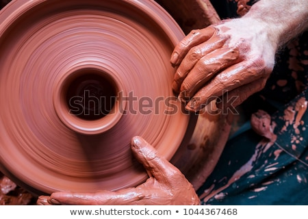 Kerék cserépedények készít fehér nyers folyadék Stock fotó © pressmaster