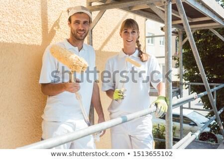 ワーカー · 建設作業員 · 建物 · 建設 · 壁 · 作業 - ストックフォト © kzenon