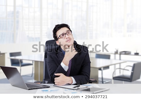 üzletember asztal gondolkodik iroda bútor férfi Stock fotó © photography33
