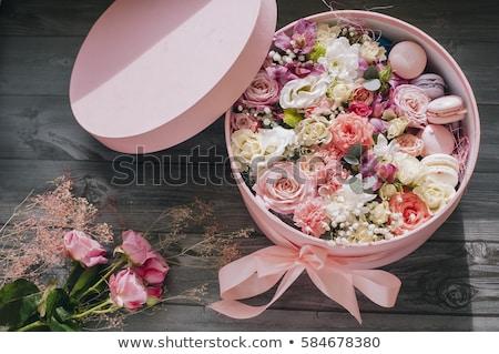 Sütik virágok fehér fából készült papírzacskók kekszek Stock fotó © Kotenko