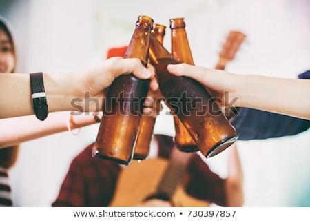Csoport barátok pirít ital szemüveg éjszakai klub Stock fotó © wavebreak_media