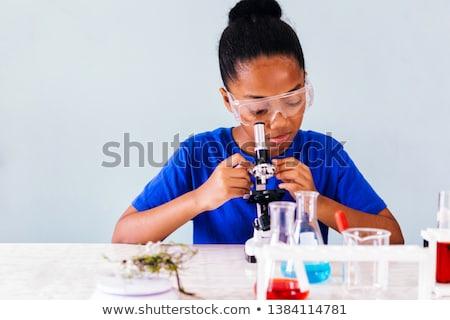 jovem · estudante · cansado · esgotado · química · exame - foto stock © elnur