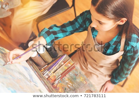 Ninos dibujo pinturas caballete aula Foto stock © robuart
